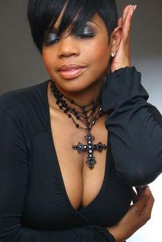 Khemistre Hair Studio ......Tiphanie  Love that short hair!!!
