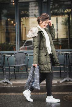 Uniqlo, Winter Jackets, Coat, Fashion, Winter Coats, Moda, Sewing Coat, Winter Vest Outfits, Fashion Styles