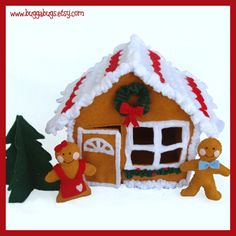 Awesomely cute felt food gingerbread house and cookie couple. http://#felt http://#crafts http://#food http://#felt_food http://#DIY http://#cute http://#kawaii http://#Christmas http://#gingerbread