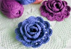 Crochet Puff Flower How To Make Absolutely Gorgeous Crochet Roses - This Crochet Roses Pattern is just gorgeous and we have included a video tutorial to show you how to make your own for all your favourite projects. Crochet Puff Flower, Crochet Flower Patterns, Crochet Flowers, Knitting Patterns, Crochet Daisy, Quick Crochet, Unique Crochet, Popular Crochet, Simple Crochet