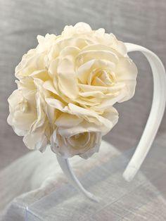 Diadema flores para ceremonia.