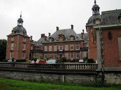 Chateau De La Neuville Hotel