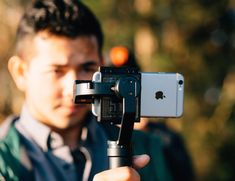 Fly-X3: The Handy Motorized Phone Stabilizer