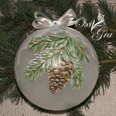 OxiGra not this Christmas . Handpainted Christmas Ornaments, Christmas Ornament Crafts, Hand Painted Ornaments, Diy Christmas Ornaments, Christmas Art, Christmas Projects, Christmas Themes, Holiday Crafts, Christmas Holidays