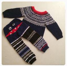 Gloves, Winter, Fashion, Winter Time, Moda, La Mode, Fasion, Mittens, Fashion Models
