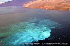 Fotos aéreas de las Islas Canarias, incluyendo paisajes, lugares singulares, pueblos y ciudades y temas variados del archipiélago, seleccionadas por temáticas y localizaciones, concebida para la promoción de las Islas Canarias. No es una página comercial, NO SE VENDEN FOTOS.