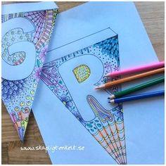 Vimplar med bokstäver att skriva ut och färglägga
