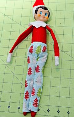 SewLoveLe: Elf on the Shelf Clothes free patterns for dress, PJ's and amazing picture tutorials
