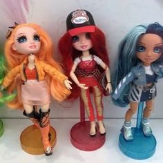 New Fashion Dolls Rainbow Surprise Peel the Rainbow: First Look Disney Movies By Year, Fashion Dolls, New Fashion, High Fashion, Green Hair, Blue Hair, Top Toys For Girls, Orange Boots, Bright Hair Colors