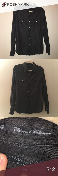 22Men black button down Black button down shirt by twenty one men (men's brand of forever 21). White pearled snaps. Perfect condition! Size small 21men Shirts Casual Button Down Shirts