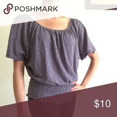 Gray Scoop Neck Top💫 Gray Scoop Neck Top💫Perfect for summer💫Used, but in good condition💫 Tops