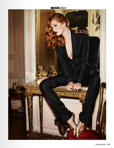 Alexina Graham by Marcus Pummer for Madame Figaro France November 2014 Inspiration Photoshoot, Style Photoshoot, Style Inspiration, Fashion Poses, Fashion Shoot, Editorial Fashion, Editorial Photography, Photography Poses, Fashion Photography