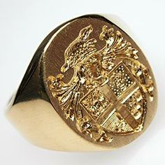VINTAGE EUROPEAN CREST MENS RING SOLID 18K GOLD