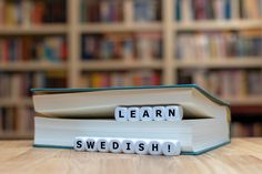 The Best Book For Learning Swedish As A Beginner Swedish Language, English Language, Word Reference, Learn To Type, Learn Swedish, Levels Of Understanding, Learn A New Language, Thought Process, Twists