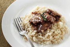 Στην κατσαρόλα: Μοσχαράκι λεμονάτο με γλυκιά πάπρικα και ρύζι | Jenny.gr