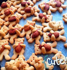 http://www.boredpanda.com/cute-hugging-bear-cookies-maa-tamagosan/