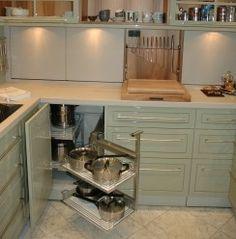 Küche in Vollausstattung - Ecknutzung mal anders