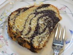 Poppyseed Eggnog Bundt Cake by anfieta Eggnog Rezept, Egg Noodle Recipes, Ring Cake, Cakes And More, Cake Cookies, Liquor, Bakery, Sweet Treats, Brunch