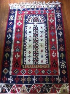Beautiful kilim rug - unique, one of a kind.