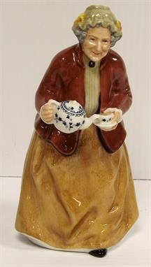Why an antique makes a superb Christmas gift - our latest blog post Antique Auctions, Royal Doulton, Tea Time, December, Porcelain, Antiques, Lady, Gift, Silver