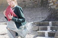 photographe : Amel Kerkeni modèle : Aaricia / Flag models Agency MUAH : Virginie Allais stylisme : Maëva Sévère / Maïté Cheuva Accessoires : Constance L / GISELB.