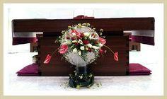 Eucharist, Flower Designs, Flower Arrangements, Gift Wrapping, Flowers, Gifts, Gift Wrapping Paper, Floral Arrangements, Favors