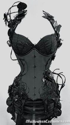 awesome+corset+costume+for+Halloween+-+Halloween+Costumes+2013