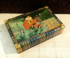1920s Biscuits Parein Art Deco Tin Box, Harlequin Pierrot w Mandolin, Antique Biscuit Tin, Belgian Belgium Deccorative Vintage Box