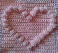 Ravelry: Bobble heart pattern by Lynne Gelder