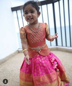 Source by someswarao Blouses Kids Party Wear Dresses, Kids Dress Wear, Kids Gown, Dresses Kids Girl, Kids Outfits, Baby Dresses, Kids Wear, Girls Frock Design, Baby Dress Design