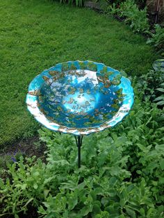 DIY Birdabath Solution #2: use a glass bowl and pivot planter