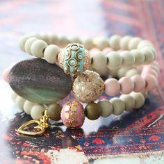 Wollen Sie besonderen Schmuck machen mit trendy Bohemian Look? Dann ist diese Inspiration mit Bohemian Perlen etwas für Sie!