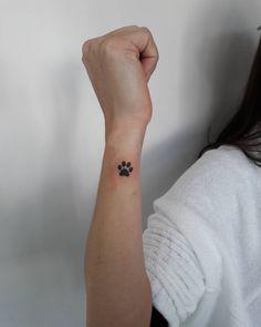 Tattoo patinha em homenagem ao cãozinho Bombom  Obrigada Aline  Snap…