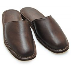 Bedroom Slippers, Leather Slippers, Flats, Shoes, Fashion, Flip Flops, Slipper, Knights, Leather Flip Flops