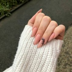 really cute nails Nails Now, Aycrlic Nails, Manicure, Stiletto Nails, Glitter Nails, Summer Acrylic Nails, Best Acrylic Nails, Summer Nails, Spring Nails
