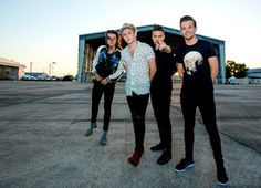 VIDEO · One Direction · Drag Me Down