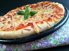 Egyszerű párizsis pizza Pizza, Quiche, Cheese, Breakfast, Food, Morning Coffee, Essen, Quiches, Meals
