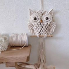 Hand-Woven Owl Large White Pure Cotton Macrame Wall Hanging / Boho Macrame Wall Decor / Woven Wall Hanging with – Willkommen in meiner Welt Macrame Wall Hanging Patterns, Macrame Plant Hangers, Macrame Patterns, Woven Wall Hanging, Macrame Owl, Macrame Knots, Macrame Design, Macrame Projects, Yarn Crafts