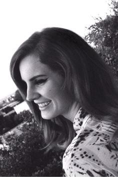 she laughs like God, her mind's like a diamond.. <3 #lanadelrey #beautyqueen