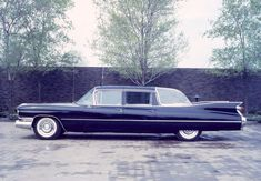 1959 Cadillac Landau limousine specially built for Queen Elizabeth's visit to Canada in Summer 1959 Limousin, 1968 Pontiac Gto, Cool Old Cars, 1959 Cadillac, Flower Car, Cadillac Fleetwood, Us Cars, Buick, Concept Cars