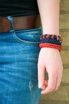 DIY: Anchor of hope bracelets -- braids -- www.gelukzalig.nl