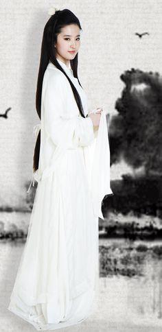 คิดว่าดาราจีนคนไหนในความคิดของคุณ ที่ใส่ชุดจีนโบราณแล้วขึ้นกว่าชุดธรรมดาที่สุด!!!