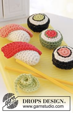 "Free pattern! #crochet DROPS sushi and maki with wasabi in ""Paris""."