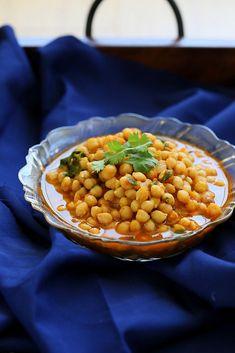 Chana Masala - Chickpea Curry with Red Bell Pepper. Vegan Glutenfree Mofo Recipe - Vegan Richa