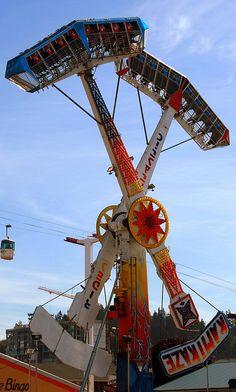 I really don't like any carnival rides, at all, ever, nope. Carnival Rides, Carnival Themes, Best Roller Coasters, Art Du Cirque, Fair Rides, Amusement Park Rides, Cedar Point, Fun Fair, Vintage Toys
