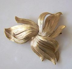 Vintage Wells Signed Very Detailed 1 20th 12K Gold Metal Jewelry Pin Brooch | eBay