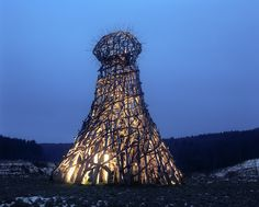 Image 39 of 39 from gallery of Nikolay Polissky Creates Towering, Handcrafted Structures Across Russia. Media tower Image Courtesy of Nikolay Polissky Outdoor Art, Land Art, Wood Sculpture, Mind Blown, Lighthouse, Russia, Tower, Exterior, Landscape