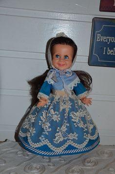 Tjorven in folkdress from Denmark Girls Dresses, Flower Girl Dresses, Denmark, Dolls, Wedding Dresses, Collection, Fashion, Dresses Of Girls, Baby Dolls