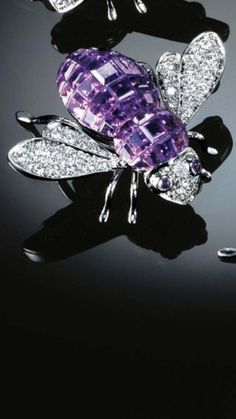 "SABBADINI   ""Bee"" Brooch - Pavé Diamond wings and body invisibly set with Diamonds and Amethysts."