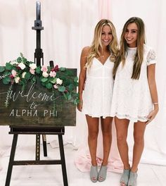sorority crate Korb und Kiste 10 tips to survive sorority recruitment as told by a sorority girl Sorority Recruitment Decorations, Sorority Recruitment Outfits, Sorority Formal, Sorority Dresses, Spring Recruitment, Sorority Recruitment Themes, Sorority Rush Week, College Sorority, Sorority Life